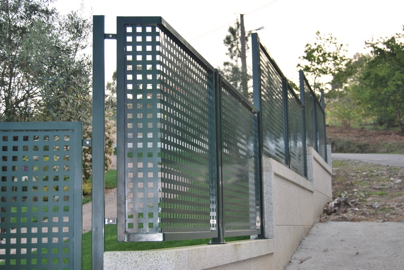 Panel chapa perforada